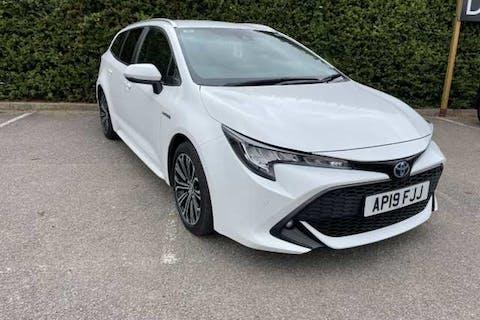 White Toyota Corolla VVT-i Design 2019