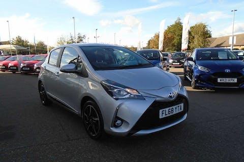 Silver Toyota Yaris VVT-i Design 2018