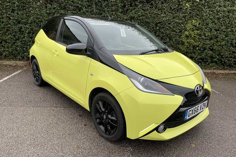 Yellow Toyota Aygo VVT-i X-cite 3 2016