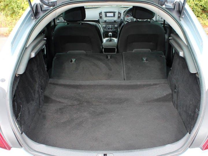 Silver Vauxhall Insignia 1.8 SRi 2015