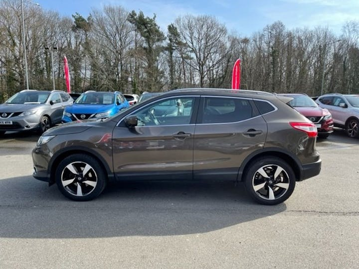 Nissan Qashqai 1.2 N-connecta Dig-t Panoramic Roof Xtronic 2016