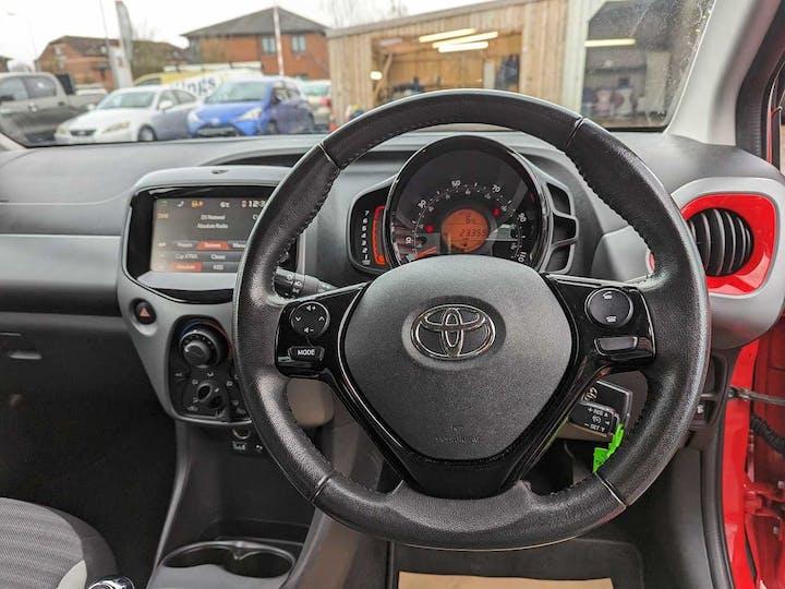 Red Toyota Aygo VVT-i X-play 2018