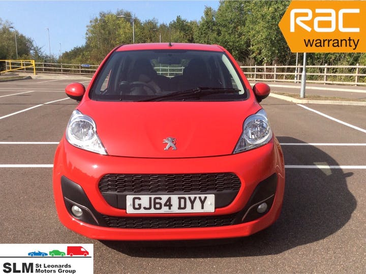 Red Peugeot 107 1.0 Active 2014
